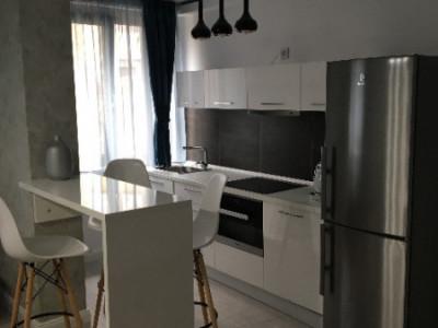 Apartament ultrafinisat zona Platinia