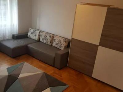 apartament 3 camere zona Romstal