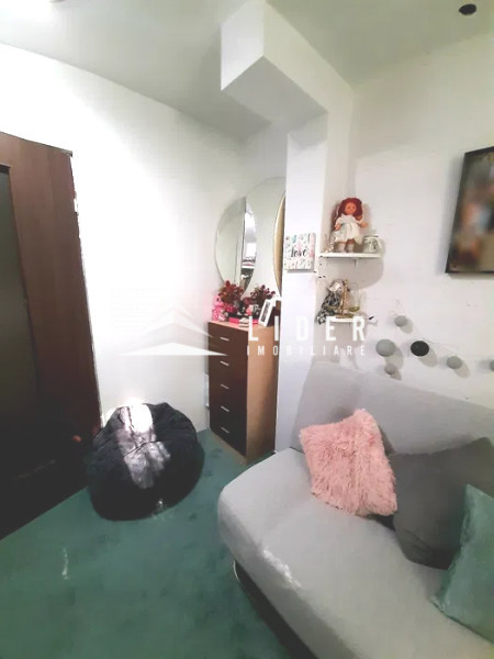 Apartament 2 camere strada Padis