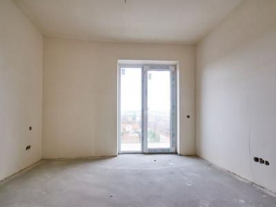 Apartament imobil nou zona Sala Sportului