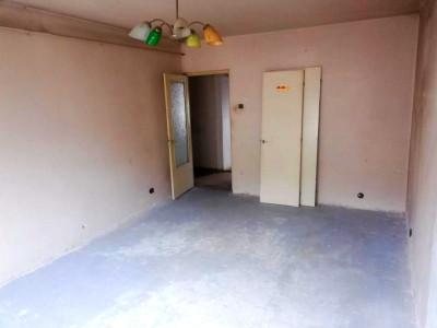 Apartament 2 camere strada Brates