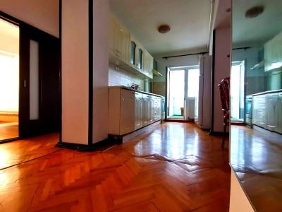 Apartament 2 camere confort sporti, zona Castelari