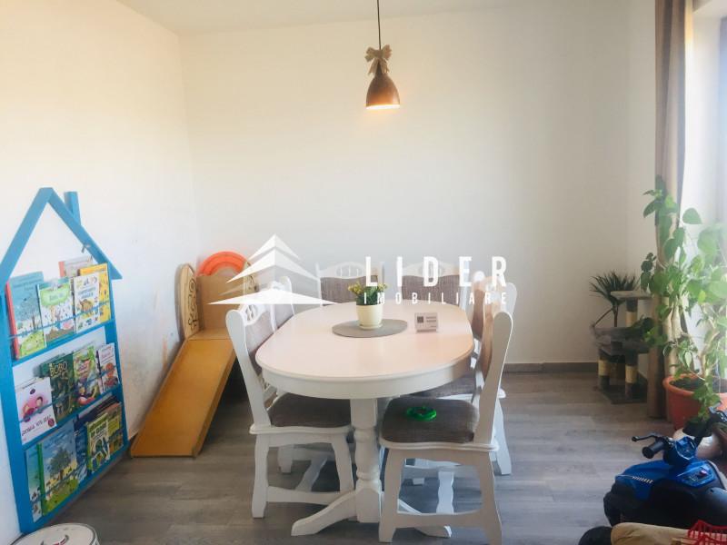 casa  individuala pe 3 nivele  zona Vivo