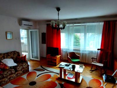 Apartament 4 camere sporti, strada Donath