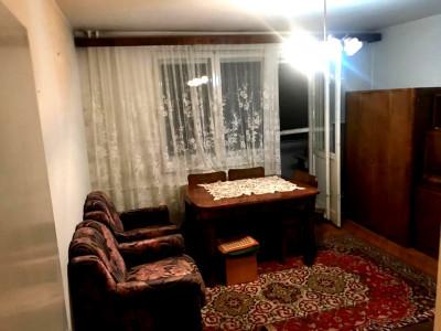 Apartament 3 camere decomandat zona Hotel Royal
