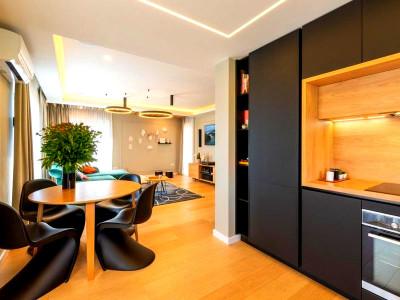 Apartament 4 camere confort sporit imobil nou zona Piata Engels