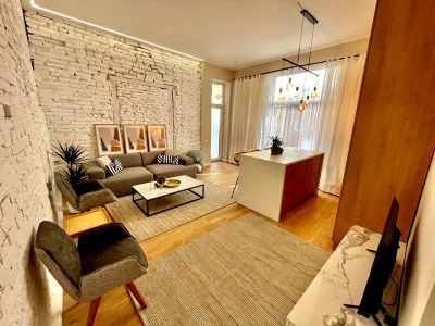 Apartament 2 camere ultrafinisat Centru