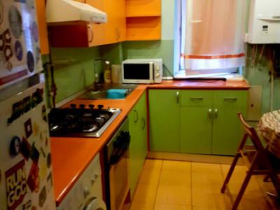 Apartament 2 camere decomandat zona Pritax