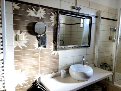 Inchiriere apartament 3 camere zona Intervisan