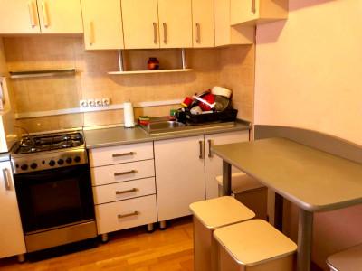 Apartament 1 camera strada Anina