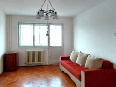 Apartament 2 camere decomandat strada Ravasului