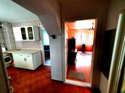 Apartament 2 camere zona  Pod Calvaria