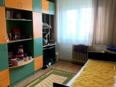 Apartament 4 camere zona Romstal